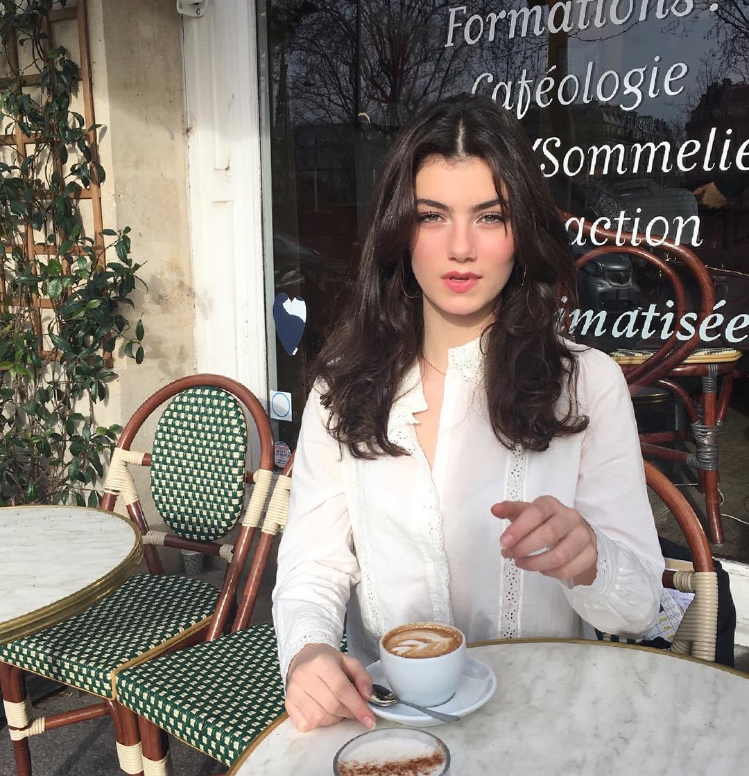 Zoia Mossour