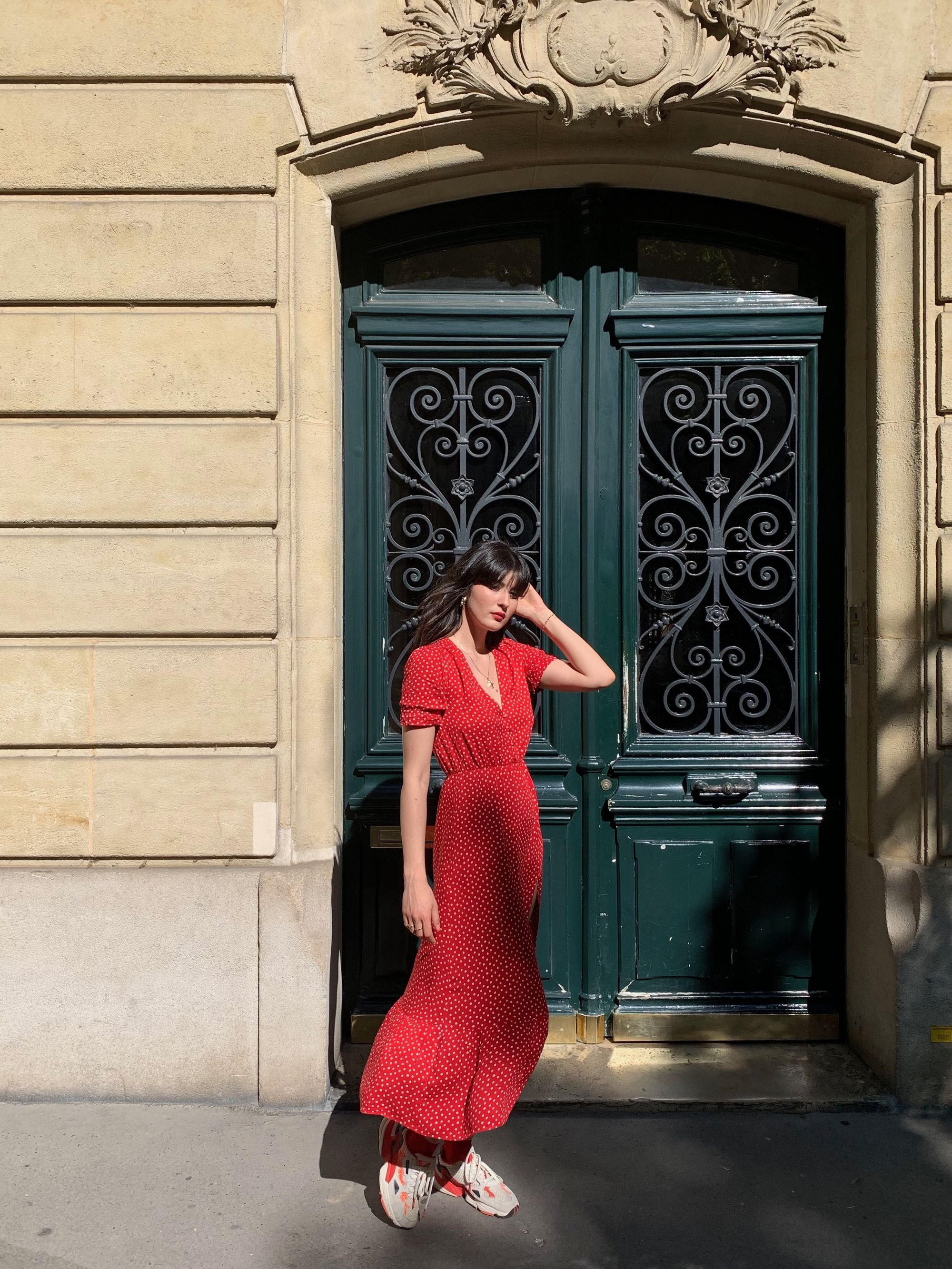 Clara Prando, French girl style in Paris